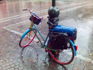 Buntes Fahrrad in Freiburg